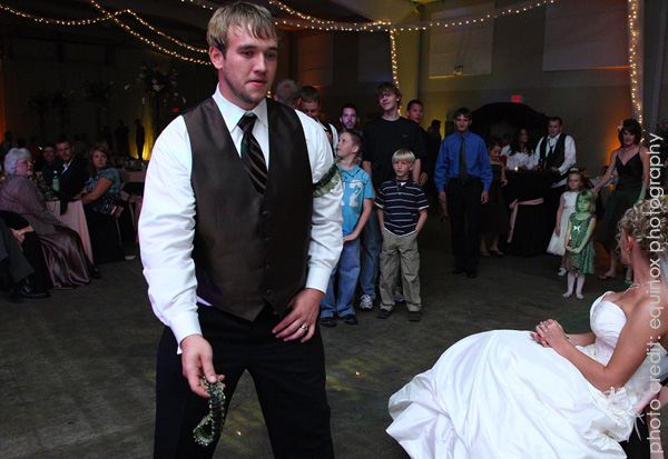 garter toss at wedding what wedding traditions should you keep part three