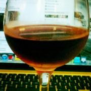 glass-of-wine-macbook-feature