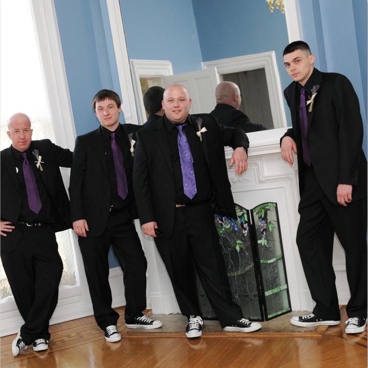chuck-taylor-groomsmen