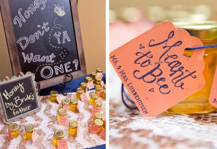 honey favors at wedding