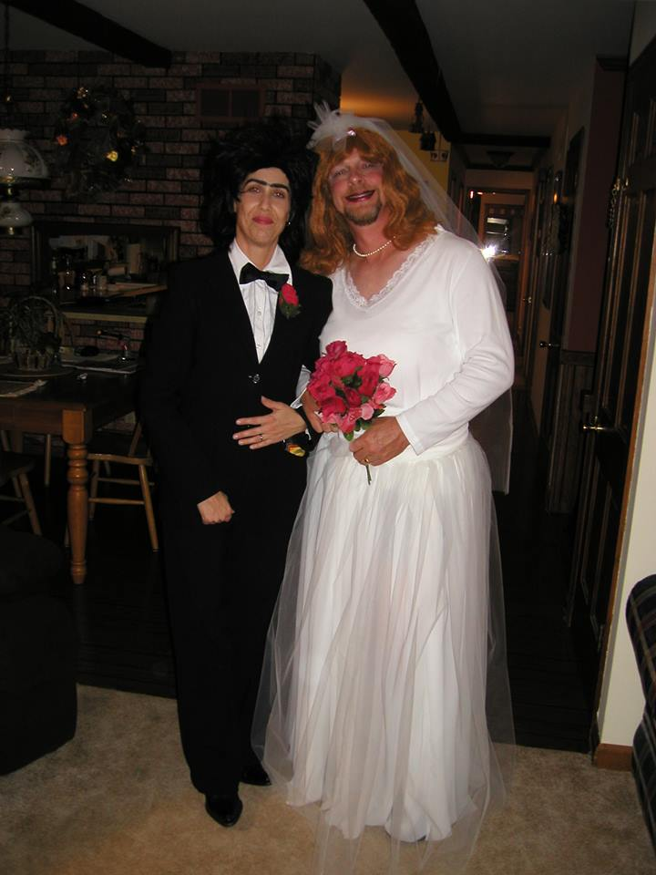 bride and groom halloween